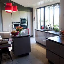 la cuisine familiale agencement grande cuisine région lyonnaise vernaison