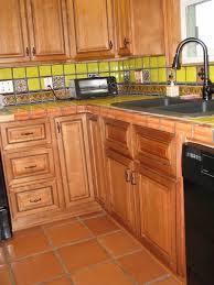 Kitchen Floor Cabinets by Best 25 Kitchen Contractors Ideas On Pinterest Kitchen