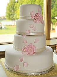 wedding cakes simple chic wedding cakes we bridalguide