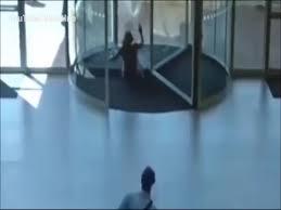 glass door app suspected shoplifter slams into glass door while attempting escape