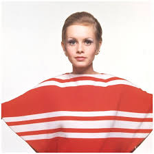 twiggy hairstyles for women over 50 the 25 best twiggy hair ideas on pinterest mod makeup twiggy