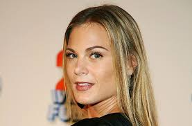 re create gina tognoni hair color meet the actress who has been recast as phyllis newman on y r