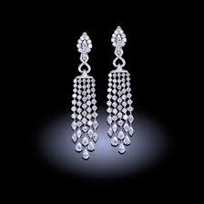 chandelier diamonds white diamond chandelier earrings 29 35 carats 21st century