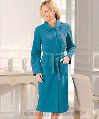 la robe de chambre de gros aubergine robe de chambre damart en molleton polaire 130