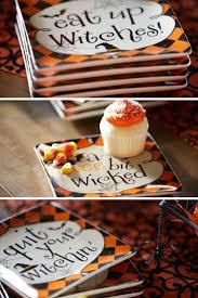 halloween cake stand 34 best hello halloween images on pinterest
