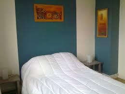 peinture chambre bleu turquoise chambre bleu canard et beige chaios com