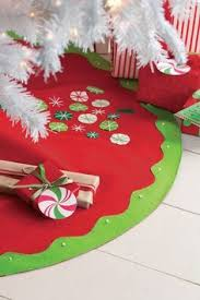 now this is just mittens tree skirt it will
