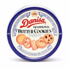 thq biscuit tin danisa butter cookies l 750g buy
