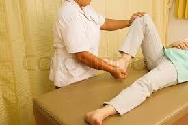muskelschwäche physiotherapeut behandeln quadrizeps rehabitationfor