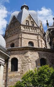 carolingian architecture wikipedia