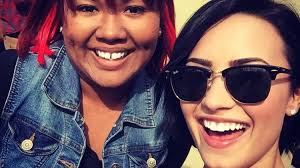 demi lovato hair extensions demi lovato freaked out when she saw a fan wearing hair