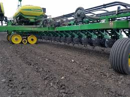 John Deere 71 Planter by 2940 Air Adjust Residue Manager Yetter Co