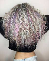 getting hair curled and color 6 hair color trends you need to meet your curly hairgoals