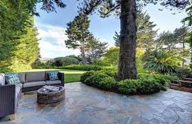 Building Stone Patio by 39 Best Flagstone Patio Designs Pictures Designing Idea