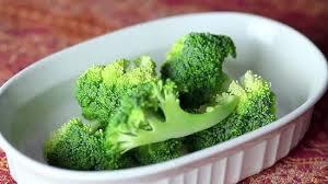 cuisiner le brocolis frais 4 ères de cuire des brocolis à la vapeur wikihow
