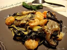 cuisiner les pleurotes tagliatelles aux crevettes pleurotes au curry épices moi