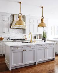 maison et cuisine classiques revisités les suspensions de cuisine maison et demeure