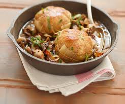 cuisiner des paupiettes de veau au four recette de cyril lignac paupiettes de veau aux chignons