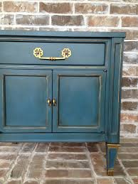annie sloan chalk paint in aubusson blue with gold gilding wax