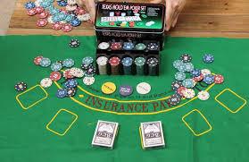 card game table cloth poker chips set 200 pcs poker chips table cloth dealer blinds