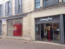 siege social jennyfer stock j boutique jennyfer 27 r victor hugo 17100 saintes