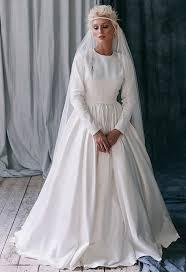 wedding dress raisa raisa ii wedding things wedding things and weddings