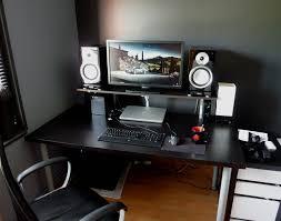 ordinateur bureau gamer pas cher bureau gamer pas cher le des geeks et des gamers