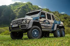 jurassic world jeep using the merc 6x6 for jurassic world would be a perfect alternative