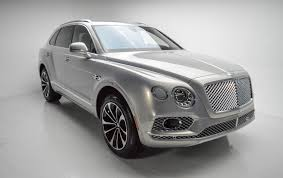 suv bentley white 2017 bentley bentayga bentayga stock clt14157 for sale near