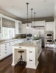 repeindre cuisine en bois repeindre une table de cuisine en bois beau repeindre une table de
