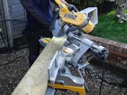 dewalt dws780 12 inch double bevel sliding compound miter saw