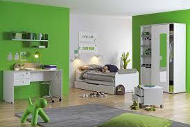 meuble chambre enfant mobilier chambre junior table de lit a roulettes