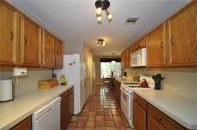 Kitchen Track Lighting Ideas by Best Kitchen Track Lighting Ideas On Pinterest Farmhouse Home