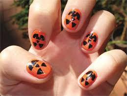 Halloween Nail Art Pumpkin - 9 simple and easy halloween nail art designs with pictures