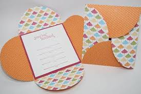 easy diy petal wedding invitation cards susty
