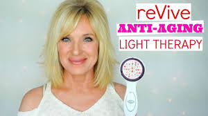 skinclinical reverse light therapy anti aging device reviews build collagen revive anti aging light therapy review youtube