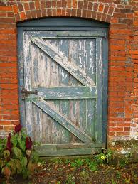 door in the wall of the walled garden chris holifield cc by sa