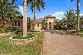 get the best homes for sale in equestrian club wellington