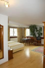 Landhausstil K He G Stig Hotel Waldknechtshof Gutshof Baiersbronn Günstig Bei Hotel De