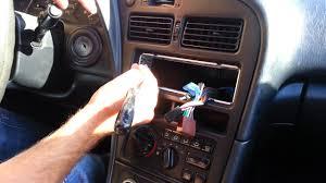 comment attacher un si e auto b monter auto radio astuce voiture conseils auto poser auto radio