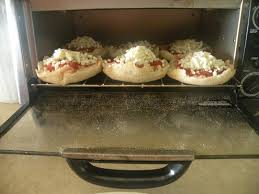 Toaster Muffins Lawyer Mom Kitchen Creations English Muffin Pizzas