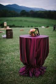 Sangria Colored Wedding Decorations Best 25 Maroon Wedding Ideas On Pinterest October Wedding