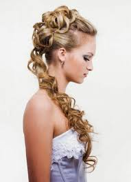 down prom hairstyles for long hair 2017