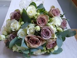 average cost of wedding flowers average cost of wedding flowers in ca the average cost of a