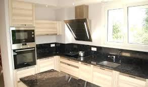 cuisine blanc laqu plan travail bois photo cuisine en bois stunning cuisine bois noir inox ideas design