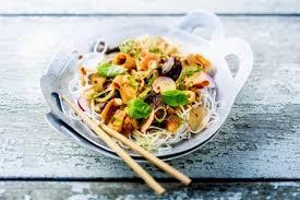 recette de vermicelles de riz sautés au boeuf satay et lait de coco