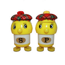 cute salt and pepper shakers vintage cute face yellow tomato salt and pepper shaker set
