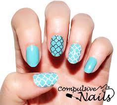 quatrefoil compulsive nails