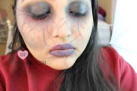 easy halloween makeup tutorial for beginners beginner halloween makeup tutorial a day to halloween night