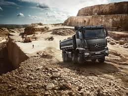 mercedes benz arocs 3240k tipper